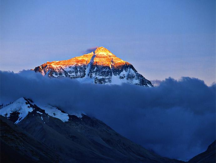 Залез над Еверест - Дали залезът вече не настъпи за активния за изкачвания сезон?