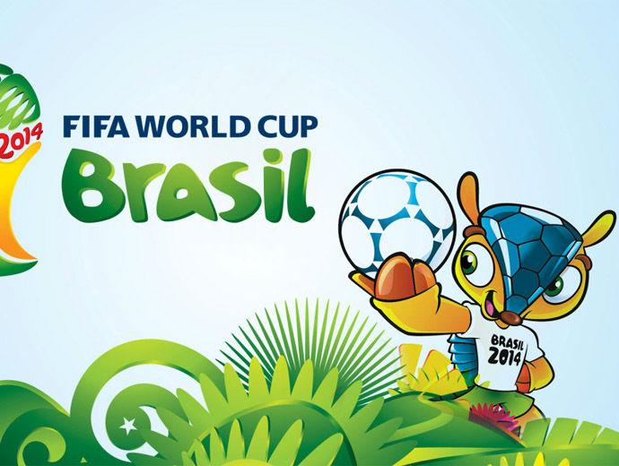 Талисманът на Световното в Бразилия - Фулеко с топка в ръка.