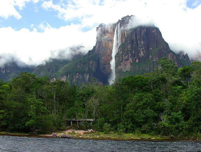 Водопадът Анхел, Венецуела - Най-високият водопад в света.