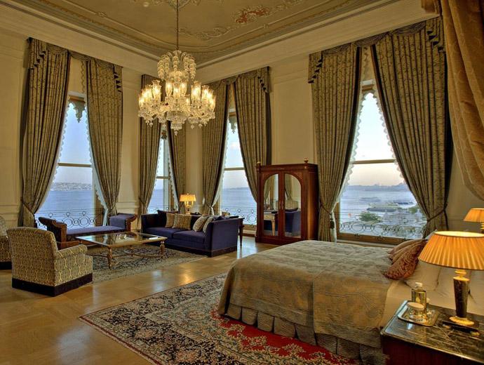 Сред най-скъпите хотели в света е и The Ciragan Palace Kempinski в Истанбул, Турция.