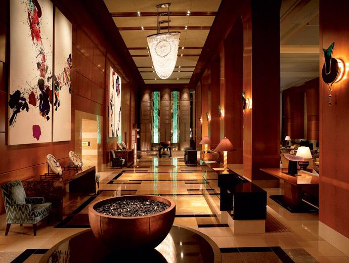 Интериора на Ritz-Carlton в Токио. Сградата на хотела е една от най-високите в града.