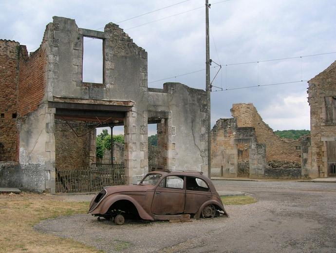 Колата на местен доктор - останка от Орадур сюр Глан