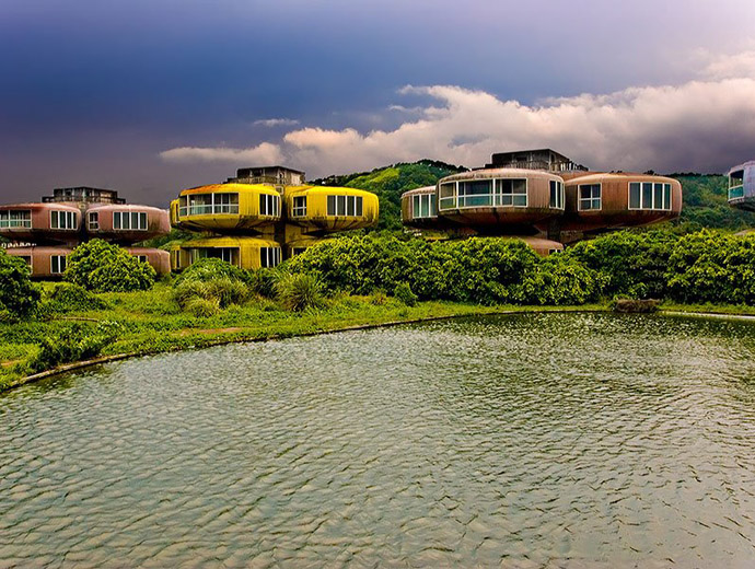 Сан Жи е проектиран като курорт с футуристични сгради за богати туристи.
