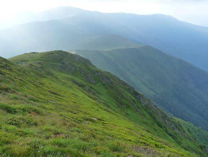 Снимка на малка част от билото на Стара планина