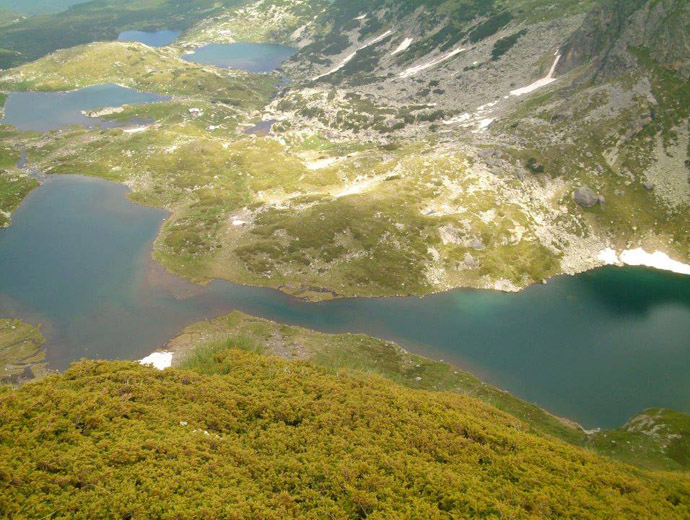 Четири от Седемте рилски езера - Близнака, Трилистника, Рибното и Долното езеро